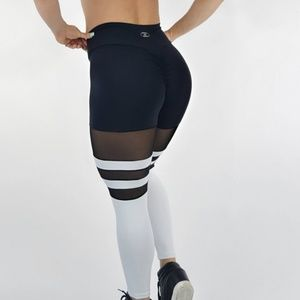 257f478eea9e84 iris fitness Pants - Iris fitness butt scrunch leggings